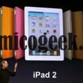 ipad-2-steve-jobs-presentazione-bianco-nero-apple-mac-amicogeek